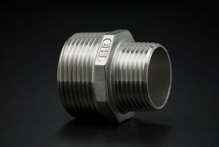 Stainless Steel Reduce Nipple - 1/2 x 1/4 Inch / Male Thread x Male Thread